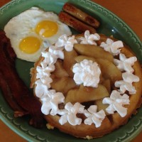 Belgian Waffle Caramelized Apple Full House